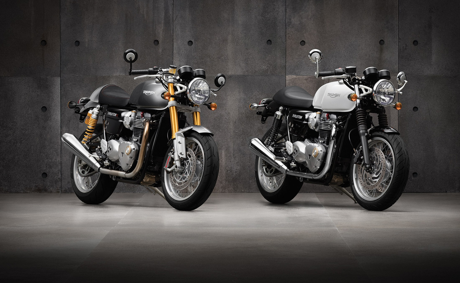 Thruxton_and_thruxtonr_hero_low_cro